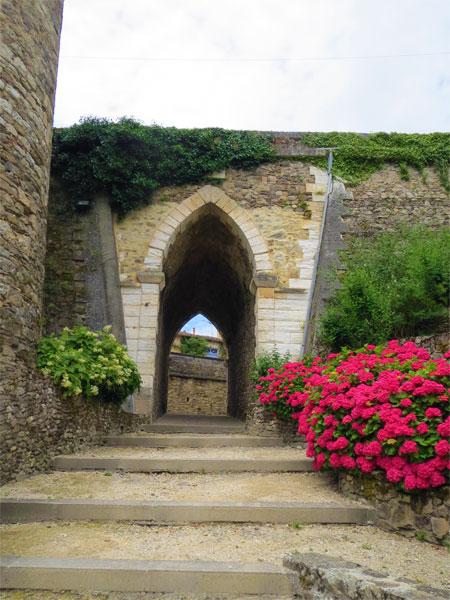 Une des portes de Nontron